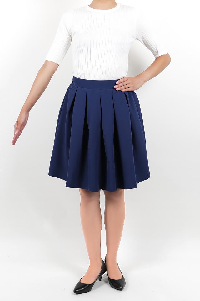 158cmのモデルが着丈50cmのスカートを着たイメージ